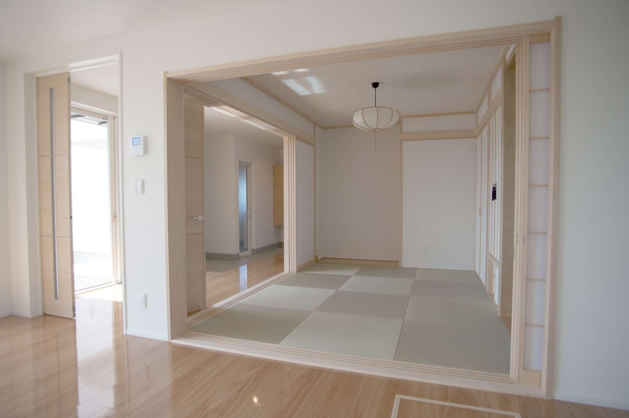 和室は情緒豊かに設けて、客間としても活躍してそう -  -  -