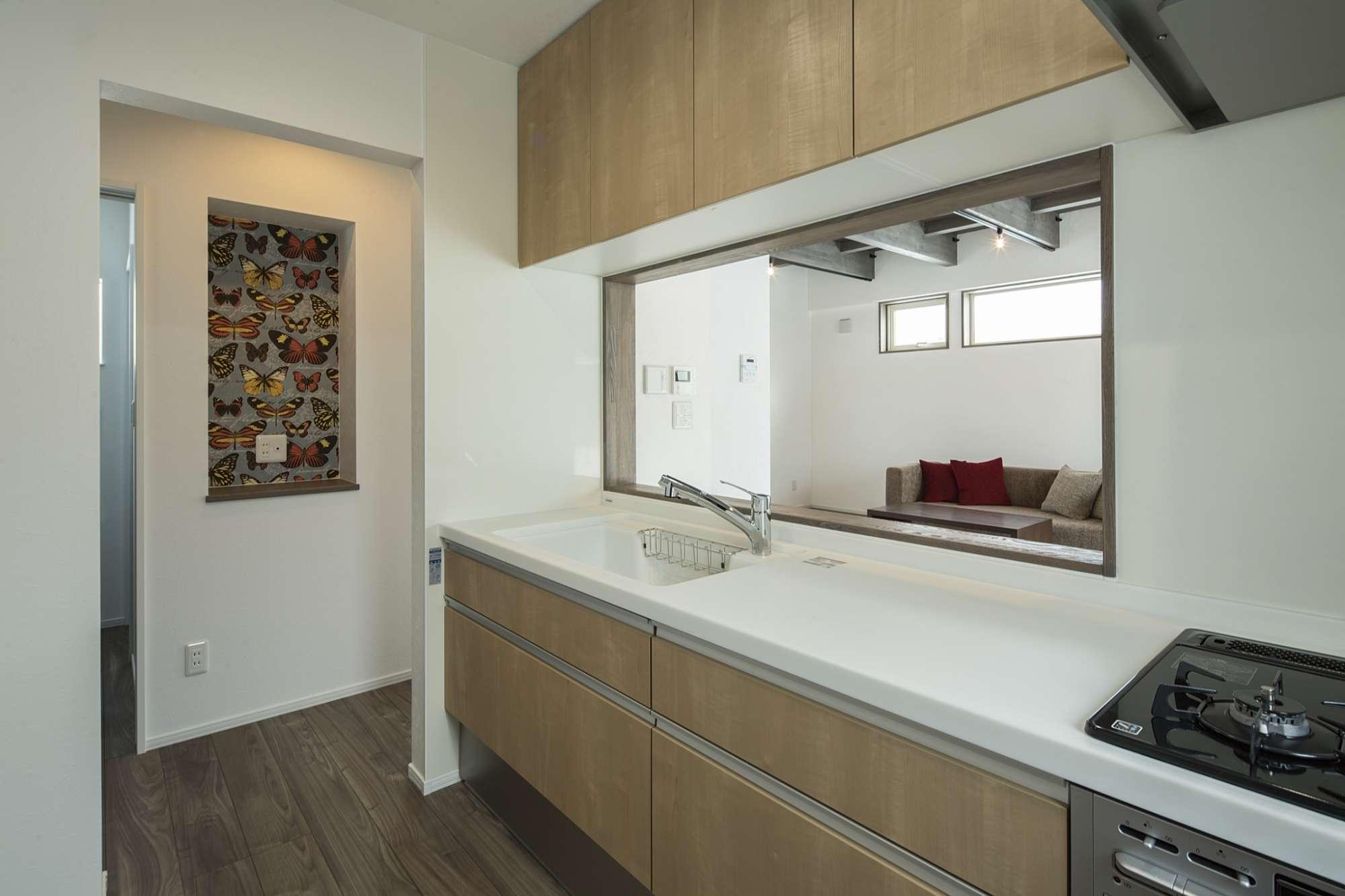 キッチンは落ち着いて料理ができる半個室のスペース -  -  -